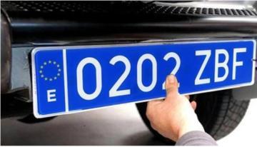 Matrículas azules, ¿en qué vehículos son obligatorias?